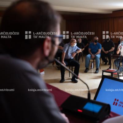 Il-live-in tal-kappillani 2021: 'Knisja li tisma' u li toħroġ'