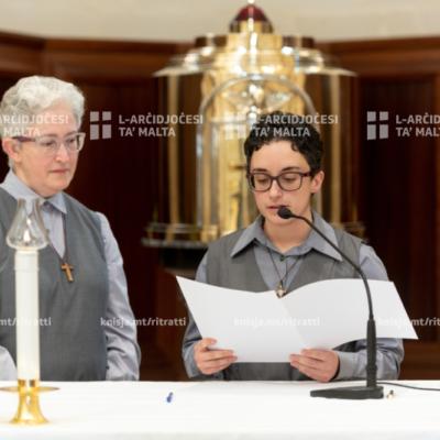 Quddiesa li matulha Sr Lorna Cassar tagħmel il-professjoni temporanja mal-Qaddejja taċ-Ċenaklu – 31/05/21