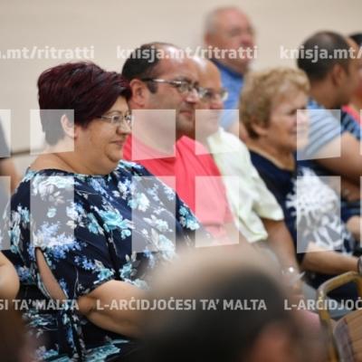 L-Arċisqof jattendi laqgħa ta' diskussjoni ma' koppji miżżewġin fiċ-Ċentru Parrokkjali ta' San Ġorġ, Ħal Qormi.