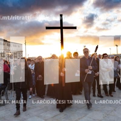 L-Isqfijiet imexxu l-Via Sacra Djoċesana – 17/04/19