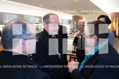 L-Isqof Awżiljarju jiltaqa' mal ġenituri u l qraba ta' missjunarji Maltin – 14/05/19