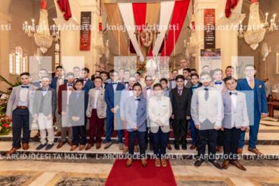 L‑Arċisqof jamministra s‑Sagrament tal‑Griżma tal‑Isqof lill‑adolexxenti fil‑parroċċa San Pietru fil‑Ktajjen, Birżebbuġa – 02/06/19