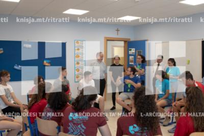 L-Isqof Awżiljarju jżur Kamp Sajf organizzat miż-ŻAK fl-iskola sekondarja ta' Ħad-Dingli – 25/07/19