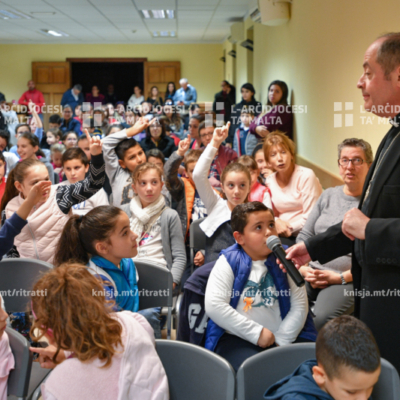 Viżta Pastorali fl-Imsida: Laqgħat mat-tfal u l-adolexxenti, mal-katekisti u mal-membri tas-soċjetà ċivili – 18/11/19