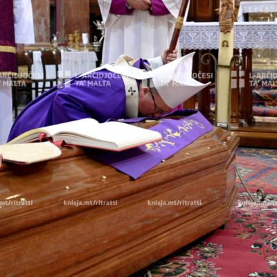 Wasla fil-Katidral tal-Imdina tal-fdalijiet tal-Kardinal Prospero Grech u quddiesa praesente cadavere – 09/01/20