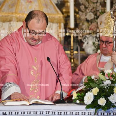 L‑Arċisqof iċċelebra quddiesa fil‑kappella ta' Santu Kristu u matulha ta l‑pussess lil Dun Andrew Schembri, il‑kappillan il‑ġdid ta' Ħal Għaxaq – 13/12/20